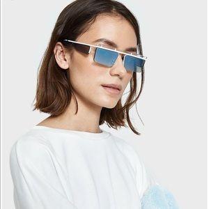 🌊NWOT Le Specs x Adam Selman THE FLEX🌊